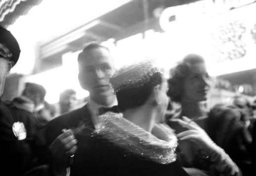 1954-9-29-HwoodPremiere2