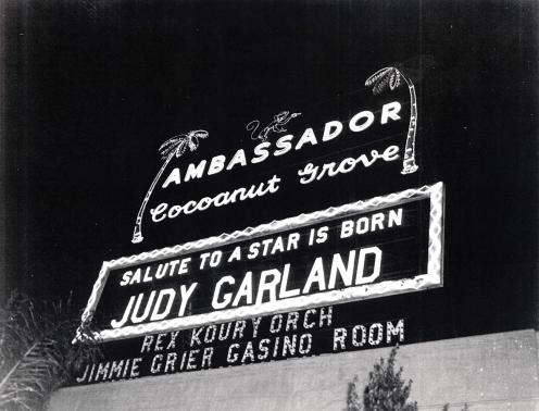 1954-9-29-PremiereGrove1a