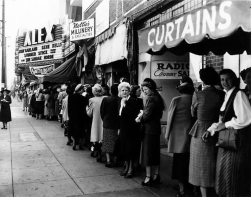 September-10,-1950-(opened-at-Alex-Theater-Glendale-CA-(photo-maybe-on-this-day-or-after)