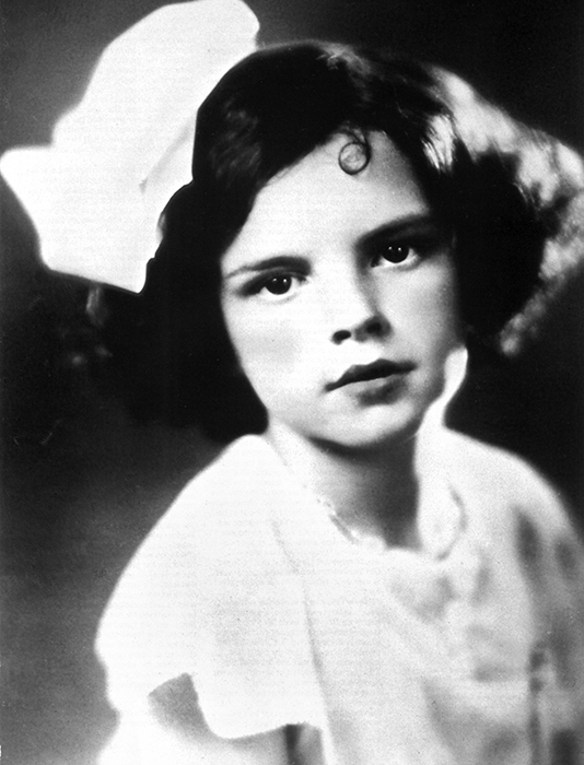 Judy-Garland-Frances-Gumm-1931