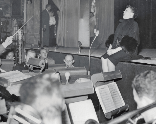 November-18,-1957-Palladium-Rehearsal