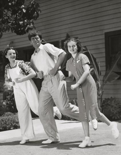 Judy-Garland-Buddy-Ebsen-Deanna-Durbin