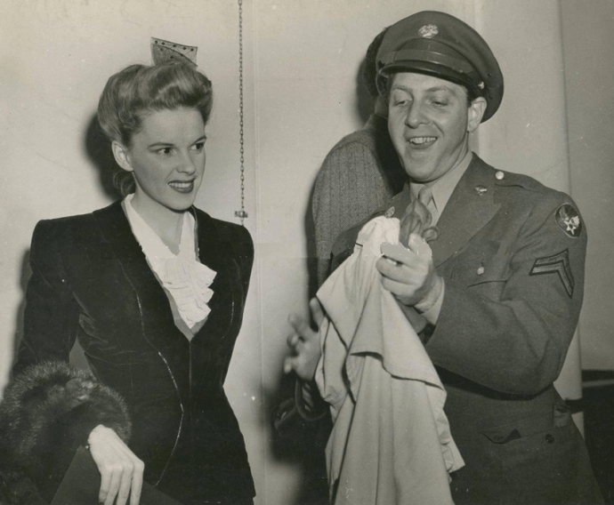 David-Rose-USO-TOUR-Brentwood-Service-Players-Party-1943-from-Phyllis-McCleary-Turner