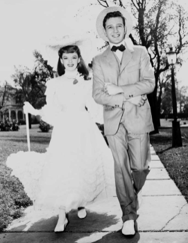 Judy-Garland-and-Tom-Drake-Meet-Me-In-St-Louis