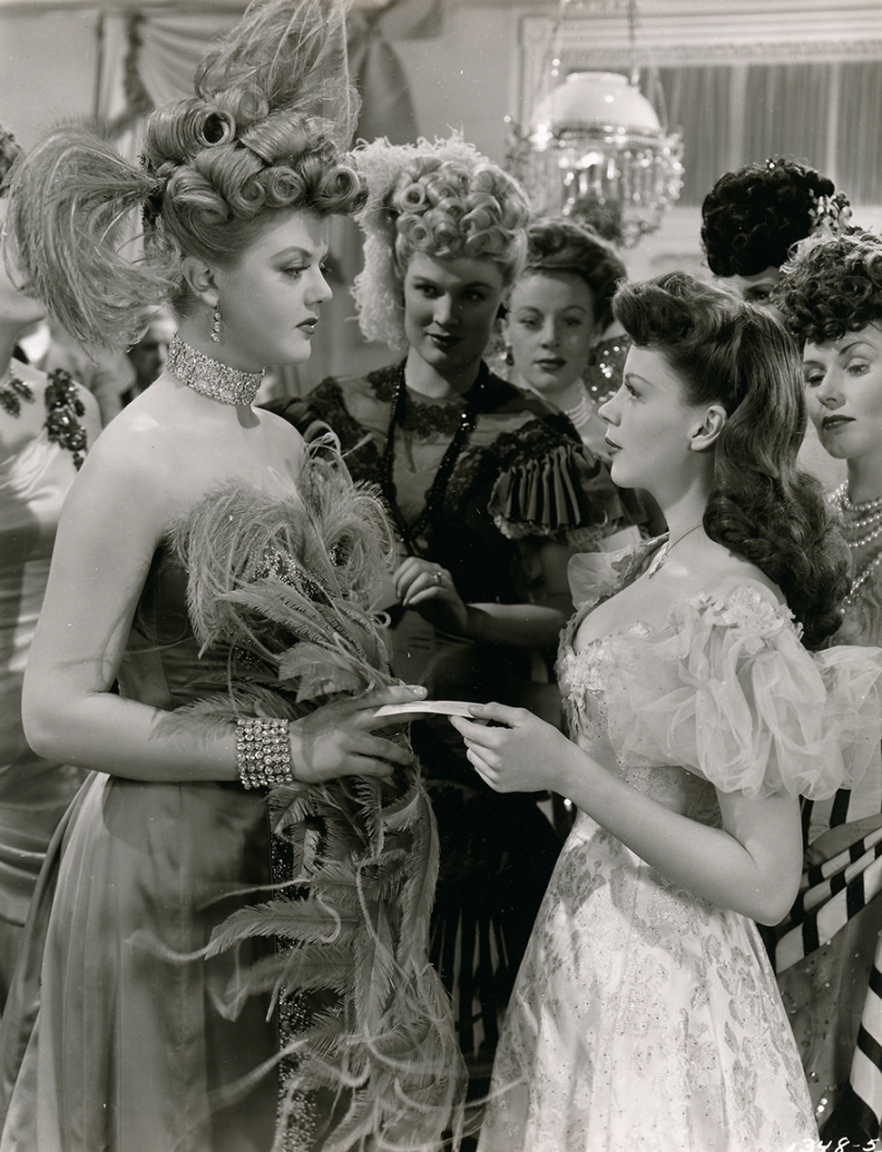 Judy-Garland-Angela-Lansbury-The-Harvey-Girls