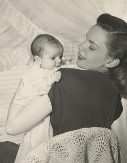 Judy-Garland-Liza-Minnelli-1
