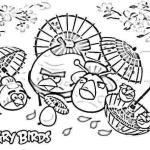Aves japonesas paseando bajo las sombrillas de papel de aceite