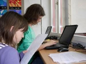 computer_tragen_anschluss-1