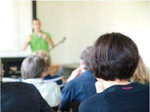 Zuhören und nicken: Lehrpersonen benötigen mehr.