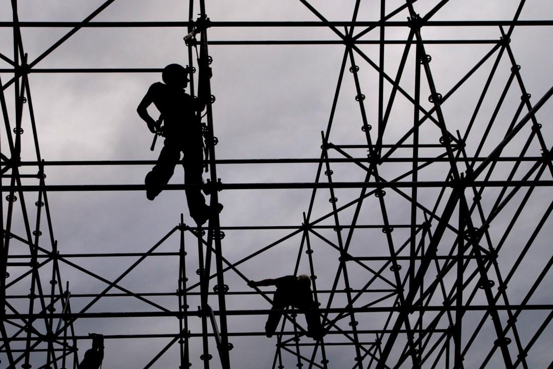 men-at-work-buildingworker