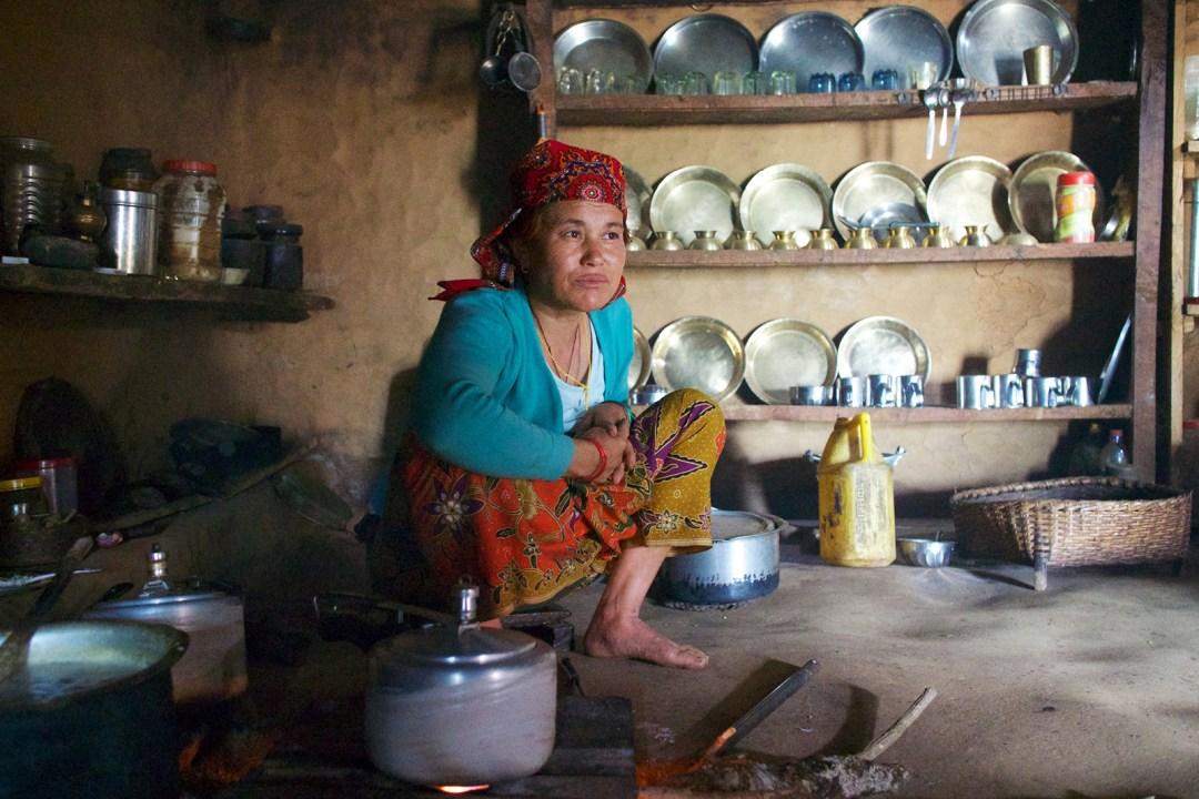 nepal-pokhara-cooking