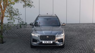 Jag_F-PACE_21MY_27_Location_Static_11_Front_150920