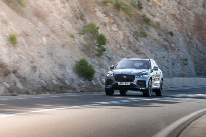 Jag_F-PACE_21MY_Location_Driving_150920_HR_DSC01083-5
