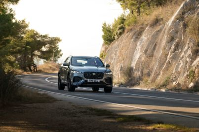 Jag_F-PACE_21MY_Location_Driving_150920_HR_DSC01674-3