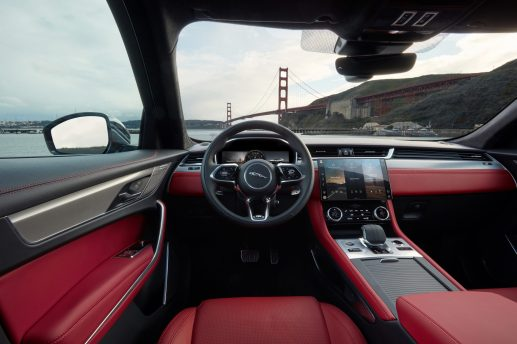 Jag_F-PACE_21MY_Location_Interior_150920_US_G7A9200