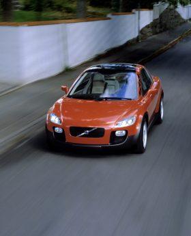 7252_Volvo_SCC_Safety_Concept_Car_2001