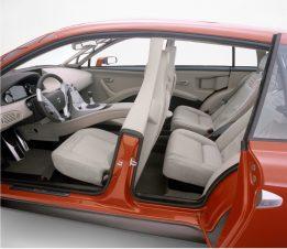 7253_Volvo_SCC_Safety_Concept_Car_2001