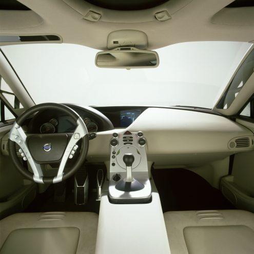 7259_Volvo_SCC_Safety_Concept_Car_2001