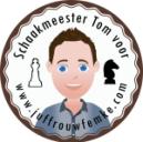 schaakmeester-Tom-voor-Juffrouw-Femke