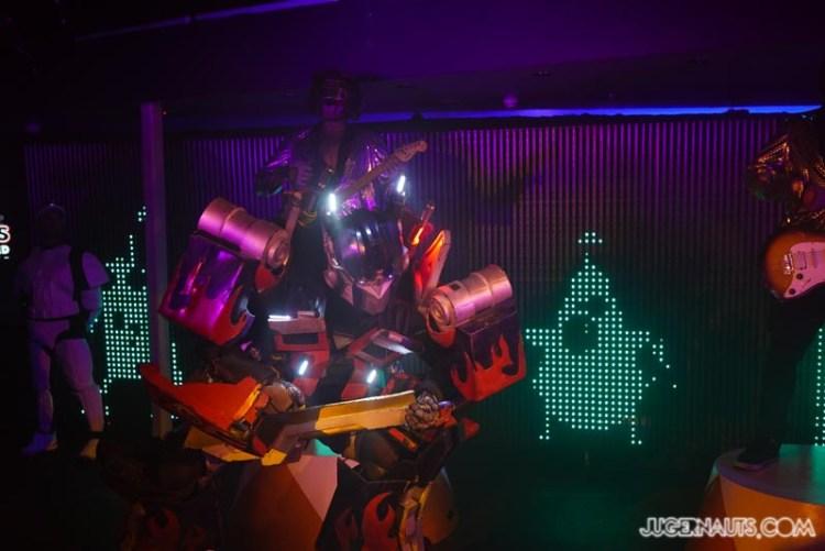 Robots Unrivalled Popup Contiki (2)