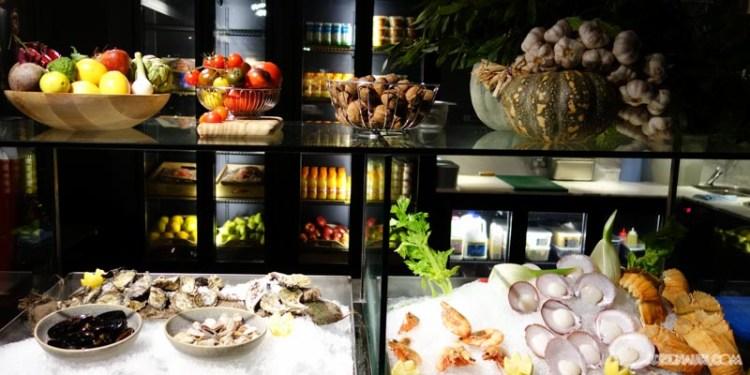 The Gantry Restaurant Bar Rocks (4)