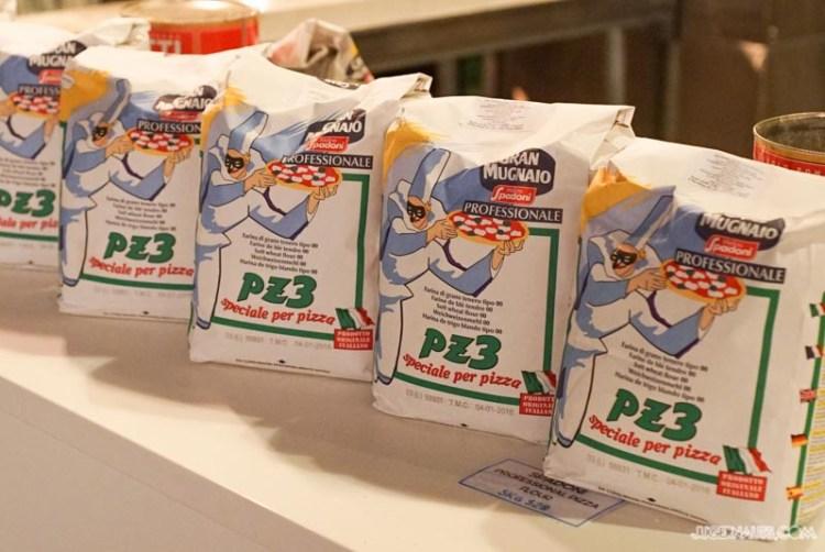 The Pizza Box SaltMeatsCheese (4)