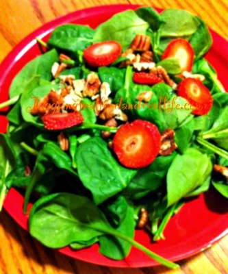 Spinach Salad with Pecans