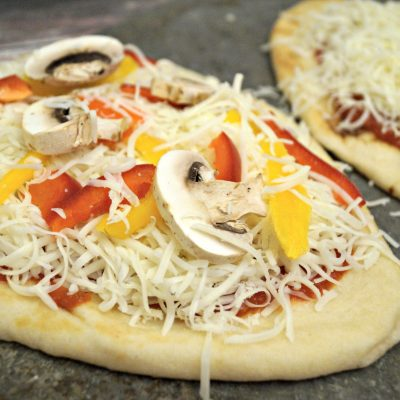 Easy Weeknight Dinner:  Flatbread Pizza