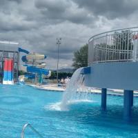 Savršen dan na bazenu – iskoristite leto i zabavite se u gradu