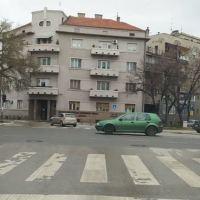 Uhapšen lopov koji je danas opljačkao Leskovčanku kod Garetove palate