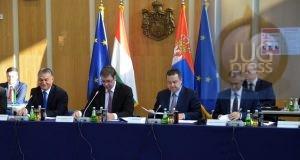 nis-sednica-vlada-srbije-i-madarske-2