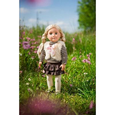 Muñeca Holly