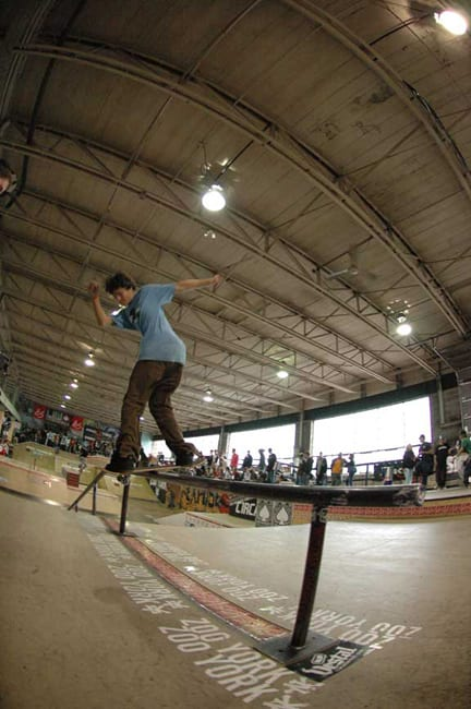 Toer-Pudwill-nollie-bs-lip