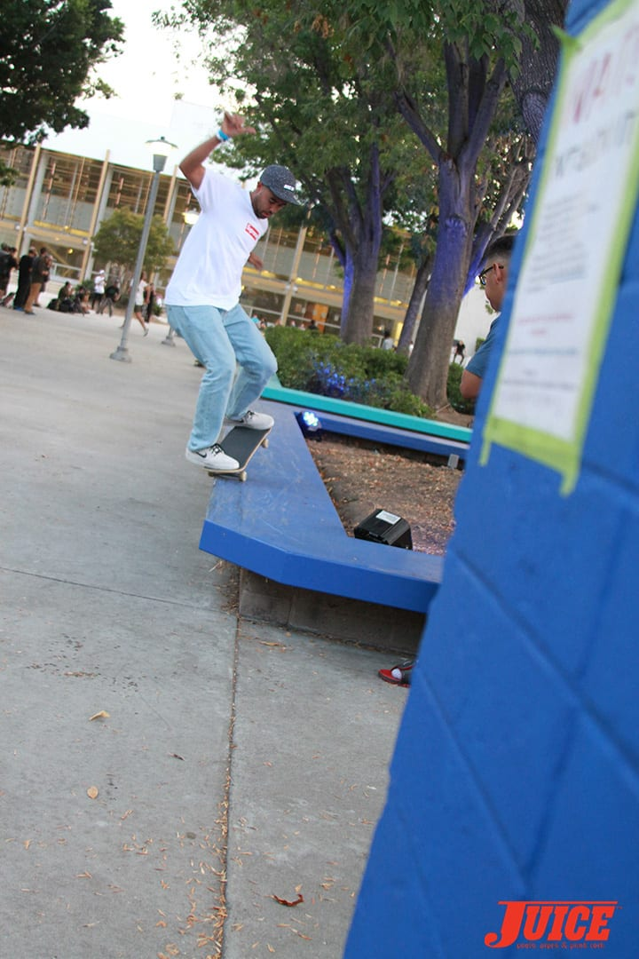 ERIC KOSTON. WEST L.A. COURTHOUSE. PHOTO BY DAN LEVY.