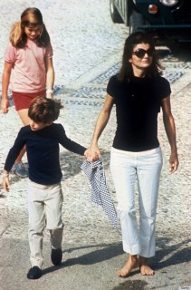 Photo taken in 1966 of Jackie Kennedy with her children during a visit in Roma. (FILM) AFP PHOTO (Photo credit should read -/AFP/Getty Images)