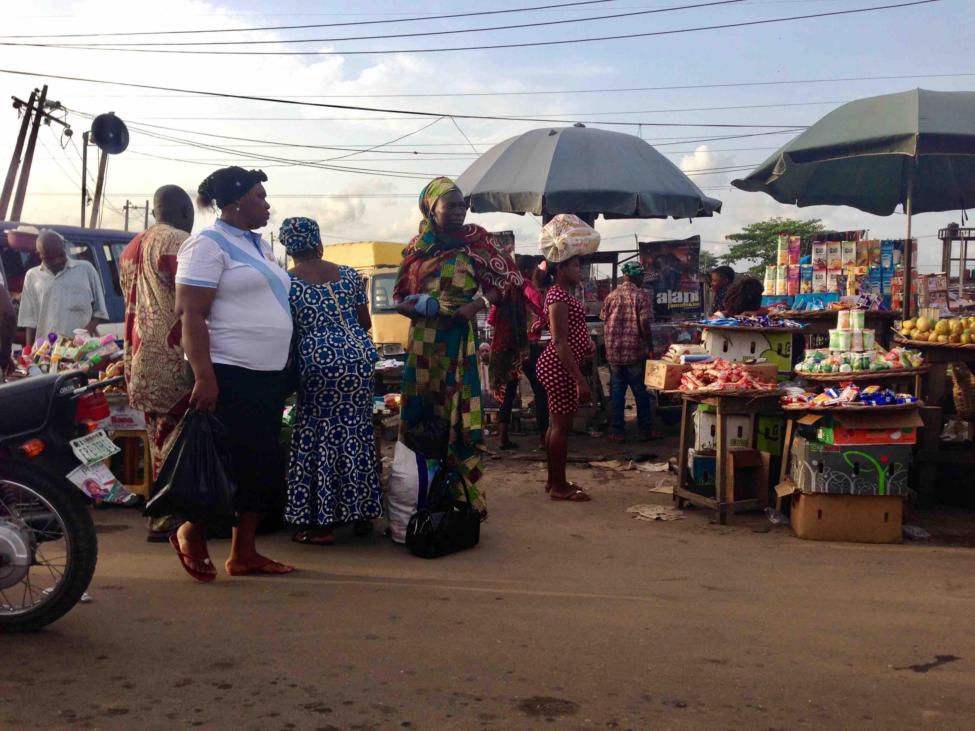 Street Market, Lagos – Badagry Expressway, Lagos State, Nigeria. #JujuFilms