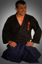 Armand Vallé, soke de l'école Mushinryu Ju-jutsu