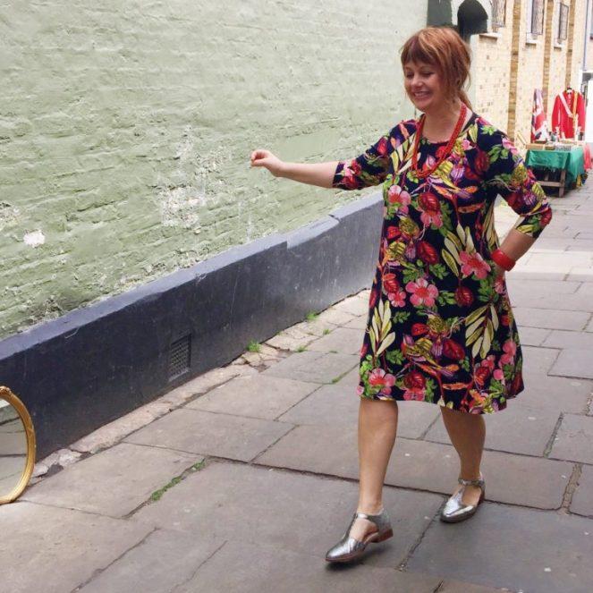 raglan sleeve dress hack jujuvail.com