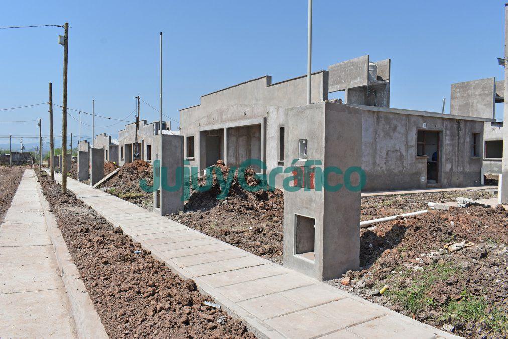 En Caimancito avanza la construccion de 50 viviendas del IVUJ 5