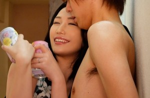 【佐山愛】泥酔した巨乳人妻と、誤認(誤人)中出しセックス!部屋と旦那を間違えて、そのままイチャイチャ汗だく性交!