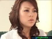 息子の為に一肌脱ぐ四十路美巨乳美熟女母のjukujyo動画