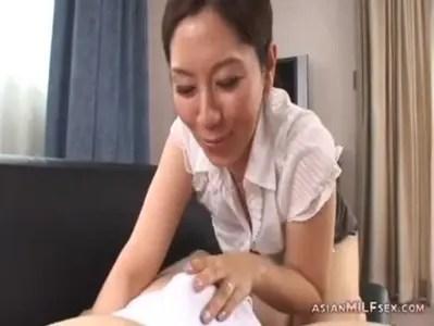 翔田千里が童貞を誘惑して筆下ろし