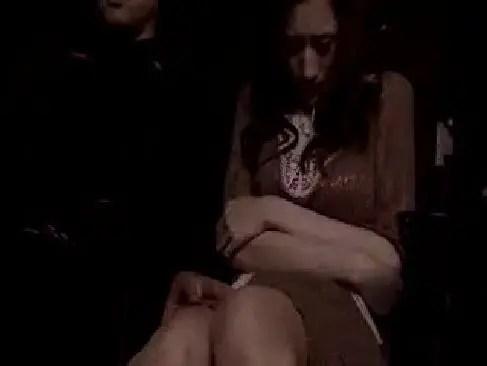 映画館で痴漢男に襲われ巨乳やおまんこを弄られて感じてしまう三十路美熟女妻の塾女性雑誌動画30代尾 無料