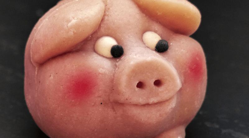 marcipan gris, hjemmelavet marcipan gris, DIY marcipan gris, sådan laver du en marcipan gris
