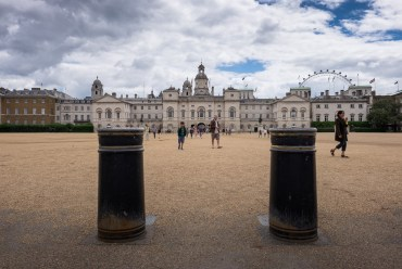 Horse Guards Parade grounds, London, UK (16mm, 1/450s, f11, ISO 200)