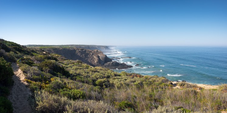 Near Odeceixe, Portugal (2-picture panorama, 16mm, 1/420s, f7.1, ISO 200)