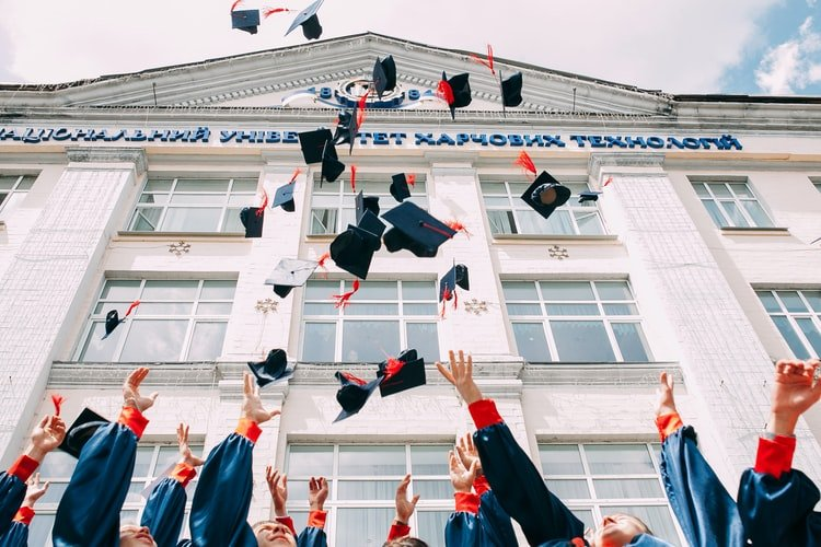 Grad caps in air