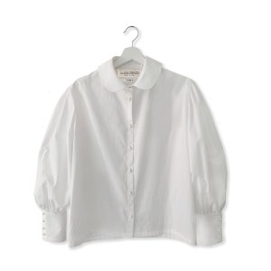 white cotton blouse in the JDL clothing collection.