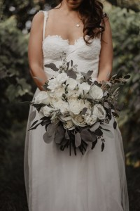 Montreal wedding bouquet white
