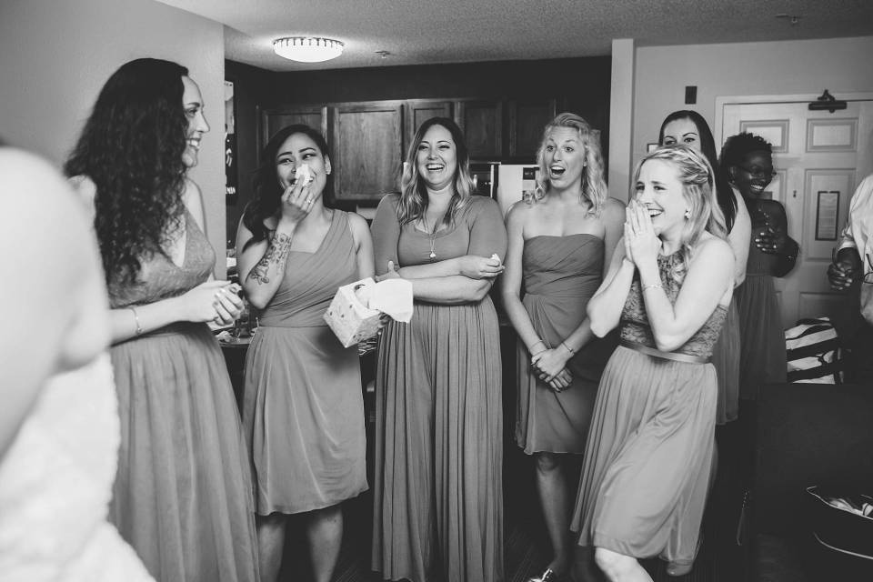 Omaha Bride first look with bridesmaids